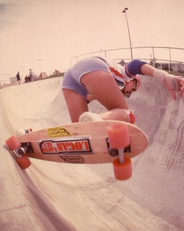 70s girl skater vert slash