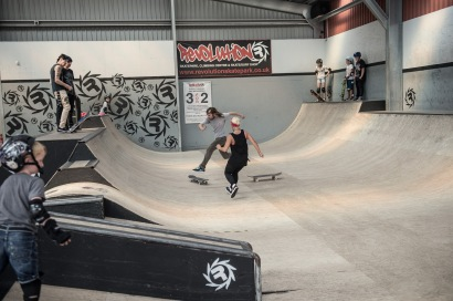 Girlskateuk_DaveLawrie_Revolution_stacks-8741