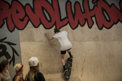 Girlskateuk_DaveLawrie_Revolution_stacks-8955
