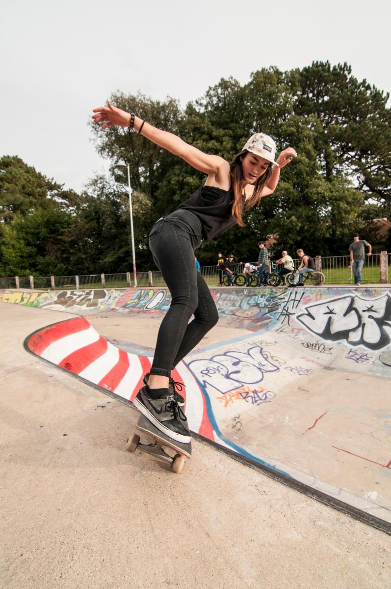 Skater Bio : Rianne Evans