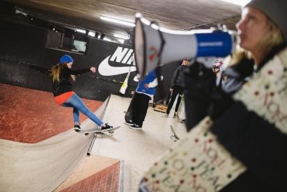 IHC0014e-Nike-SB-Girls-X-Mas-Jam-London-2014-Photographer-Maksim-Kalanep